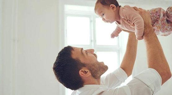 Người cha luôn dành những điều tuyệt vời cho con